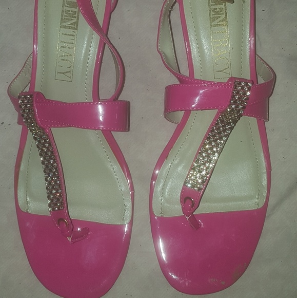 Ellen Tracy Shoes - Ellen Tracy Sandal